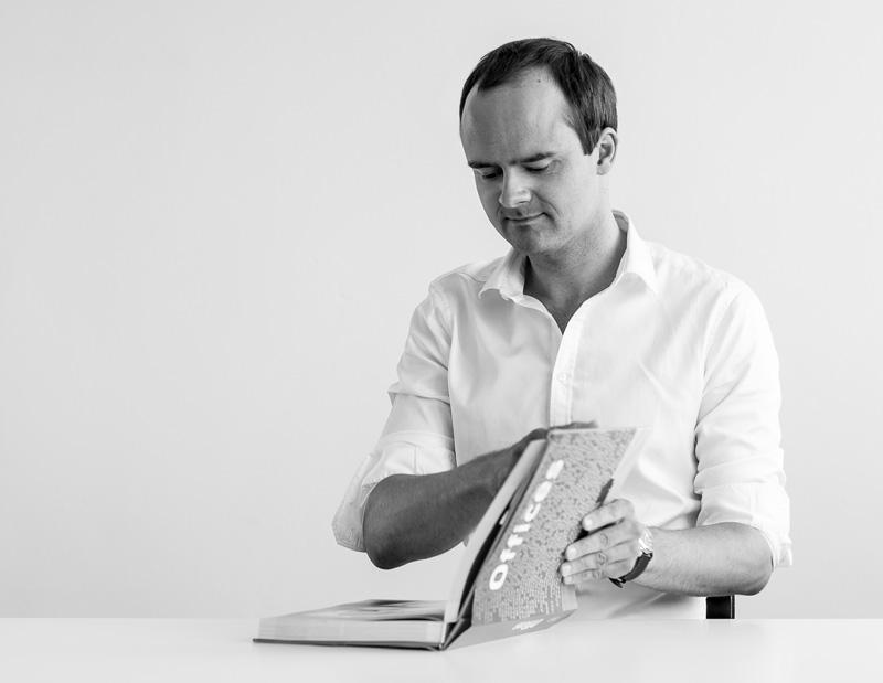 Dipl.- Ing. (Univ.) Architekt - Florian Loweg